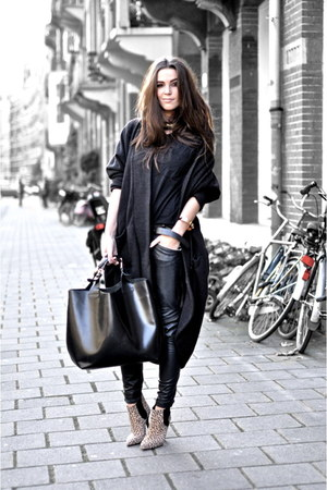 dark gray oversized COS coat