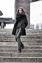 black coat - gray wedges Isabel Marant boots - black knitted circle scarf