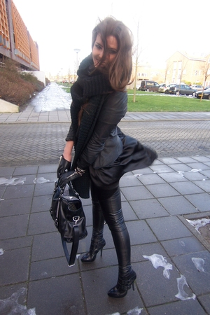 black warehouse blazer - black Topshop leggings - black Topshop boots - asos t-s