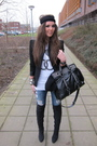 Black-zara-blazer-white-zoe-karssen-t-shirt-blue-only-jeans-black-zara-boo