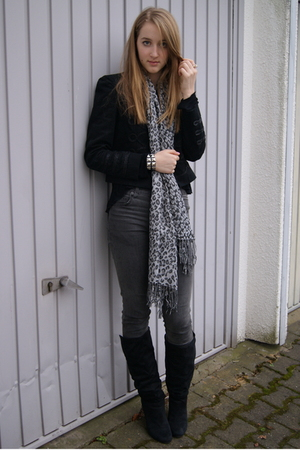 black Zara jacket - gray Primark scarf - gray Cheap Monday jeans - black Primark