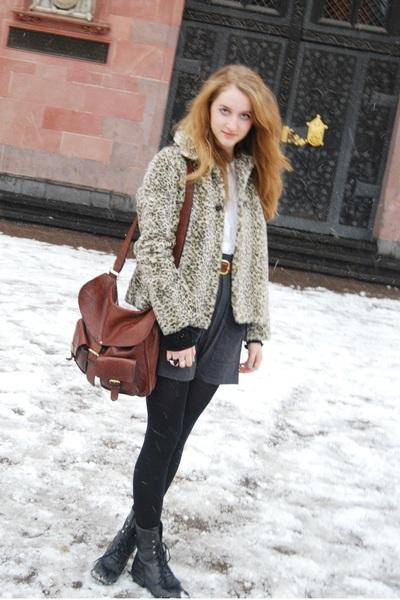 brown Zara coat - gray American Apparel skirt - brown vintage belt - brown Mullb