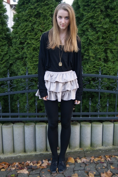 H&M top - Zara jacket - Accesorize accessories - H&M skirt - Topshop shoes