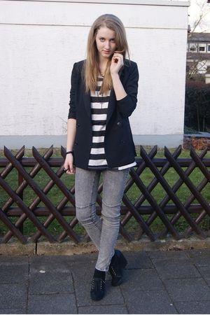 black Urban Outfitters blazer - black H&M shoes - gray Zara jeans