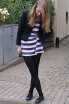 Zara jacket - Zara shirt - H&M leggings - American Eagle shoes