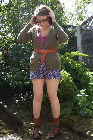 violet Topshop shorts - brown H&M socks - magenta Urban Outfitters blouse - tawn