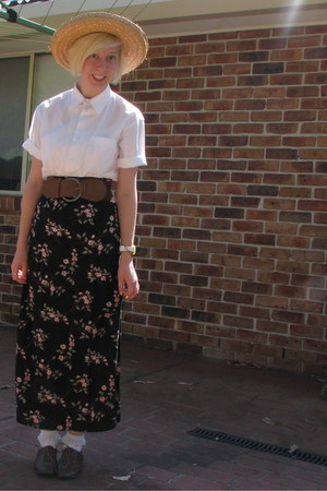 floral skirt - oxford shoes - straw hat - frilly socks - brown belt