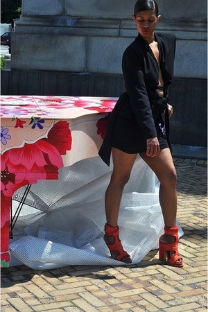 black Boohoo blazer - black American Apparel scarf
