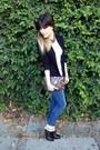 Black-enzo-angiolini-boots-navy-zara-jeans-black-vintage-blazer