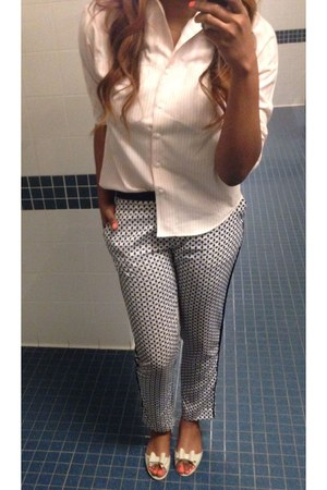 navy H&M pants - light pink thrifted blouse