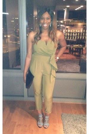 olive green unknown brand jumper - black tribal print Zara heels