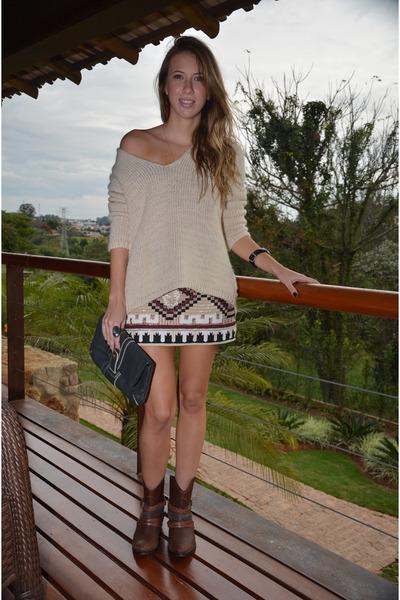 Zara skirt - Schutz boots - Zara sweater - Forum bag