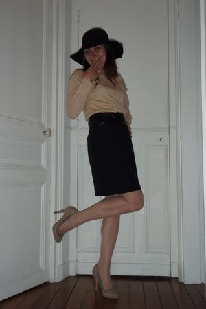black weinberg skirt - beige blouse - beige Zara shoes - black Mango hat