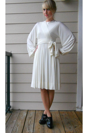 off white vintage dress dress