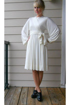 Off-white-vintage-dress-dress