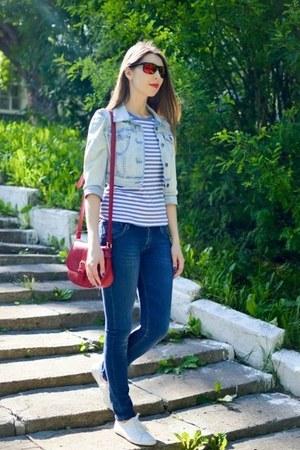 navy skinny jeans H&M jeans - ruby red cross body bag Zara bag