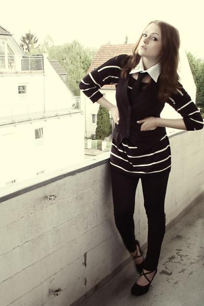 black H&M top - black Miss Etam vest - black H&M tie - black H&M leggings - blac