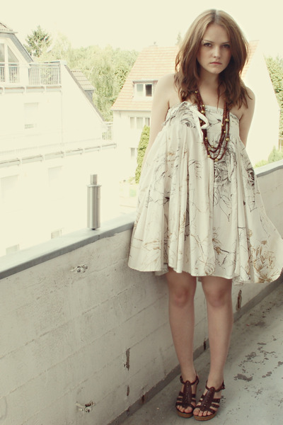 beige Zara dress - brown H&M accessories - brown Akira shoes