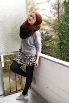 black American Apparel scarf - heather gray H&M sweater - white H&M skirt