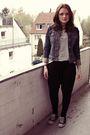 White-vero-moda-t-shirt-black-amisu-pants-blue-only-jacket-black-converse-