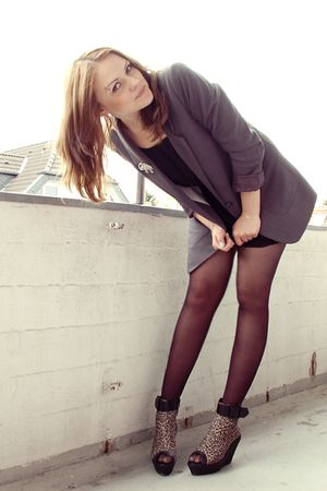 black vagabond shoes - gray H&M blazer - black H&M dress