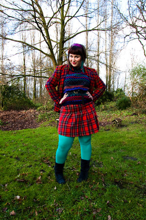 purple T2 vintage jumper - navy Kickers boots - red T2 vintage blazer
