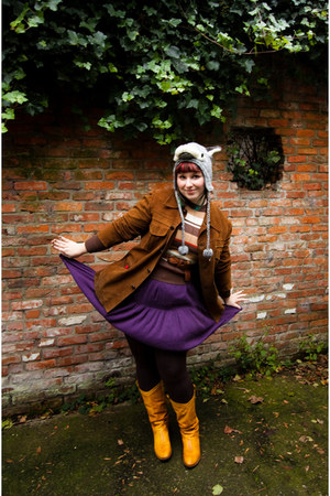 gold Kickers boots - purple diy 3 suisses dress - brown T2 vintage coat