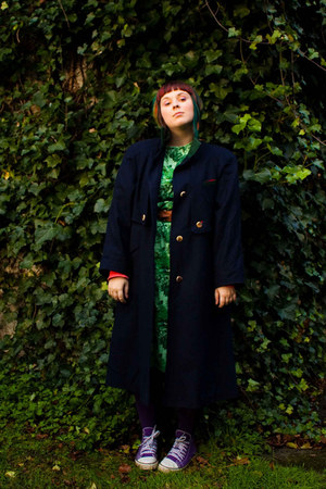 navy T2 vintage coat - green T2 vintage dress - purple veritas tights