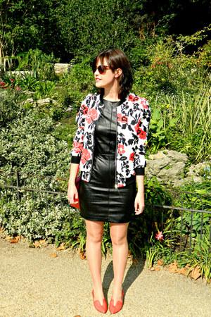 red satchel paperchase bag - black leather Little Mistress dress