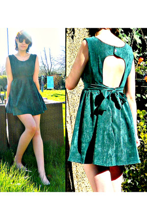 teal romwe dress - brown cat eye Spitalfields Market sunglasses