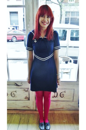 red unknown brand tights - navy sailor anchor pop boutique dress