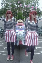 red striped vintage shorts - silver boat new look necklace
