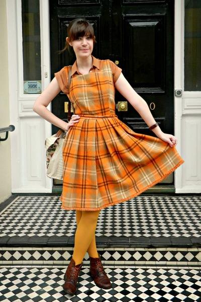 orange checked tartan vintage dress - dark brown leather Bally boots