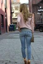 pink cropped Zara blazer - nude pump Jessica Simpson heels