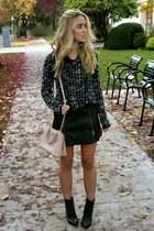 black mini bcbg max azria skirt