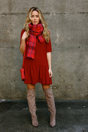 ruby red plaid hm scarf