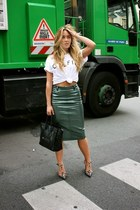 teal pencil Zara skirt - white cotton Sincerely Jules t-shirt