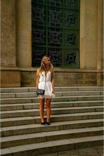 white mini Anine Bing dress - black cross body Chanel bag
