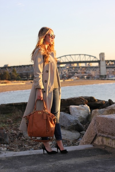 camel trench London Fog jacket - tawny madison lindsey Chaneloach bag