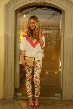salmon sweater Stella McCartney shirt - hot pink studs Valentino heels