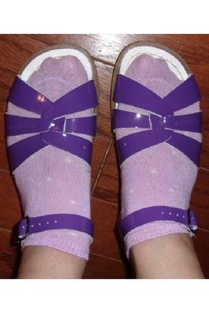purple leather saltwater sandals