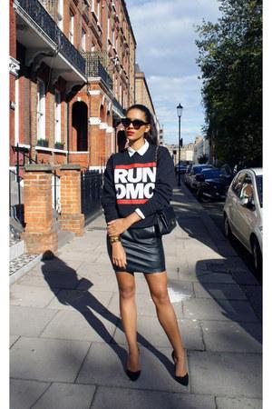 asos sunglasses - Urban Outfitters sweatshirt - Zara heels