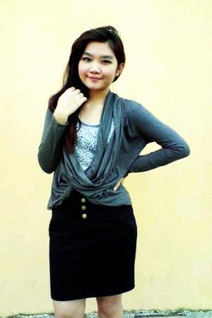 Gaudi sweater - NyLa top - Gaudi skirt - shoes