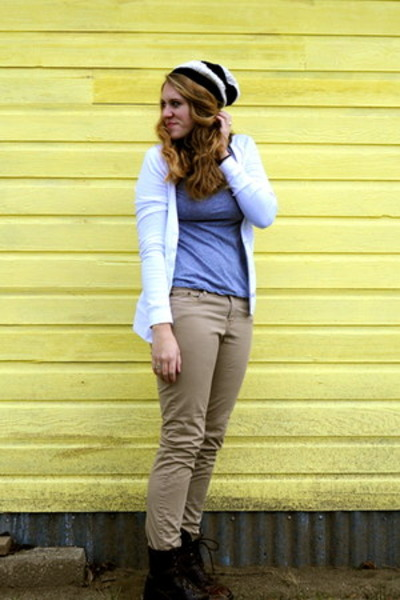 cardigan Old Navy sweater - tan skinny H&M pants
