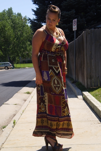 Lane Bryant dress - Secondhand necklace - Secondhand earrings - Max Studio shoes