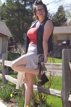 Religion skirt - Old Navy shirt - Secondhand vest - Marni shoes - Ebay glasses -