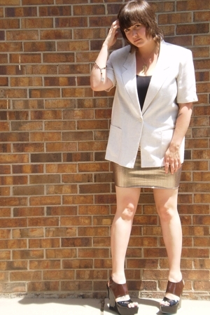 Target skirt - Secondhand blazer - Marni shoes - Secondhand bracelet - Miss Misa