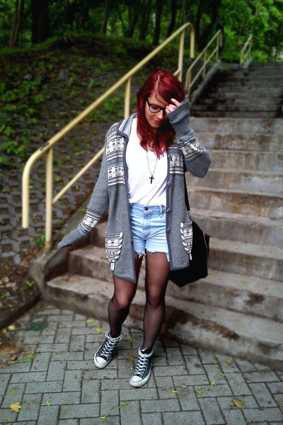 heather gray jumper - black cropp bag - light blue jeans Levis shorts