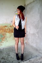 light blue jeans Beshka vest - black skirt