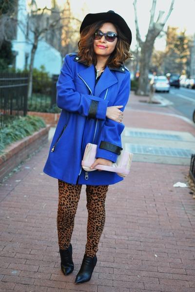 blue wool calvin klein coat - black leather Elie Tahari boots